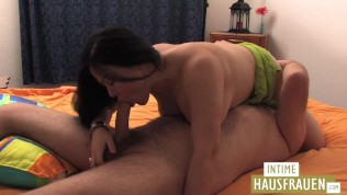 Mature Asia woman knows how to fuck
